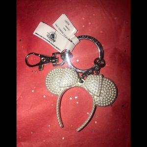 Disney Parks Minnie Mouse Headband Keychain
